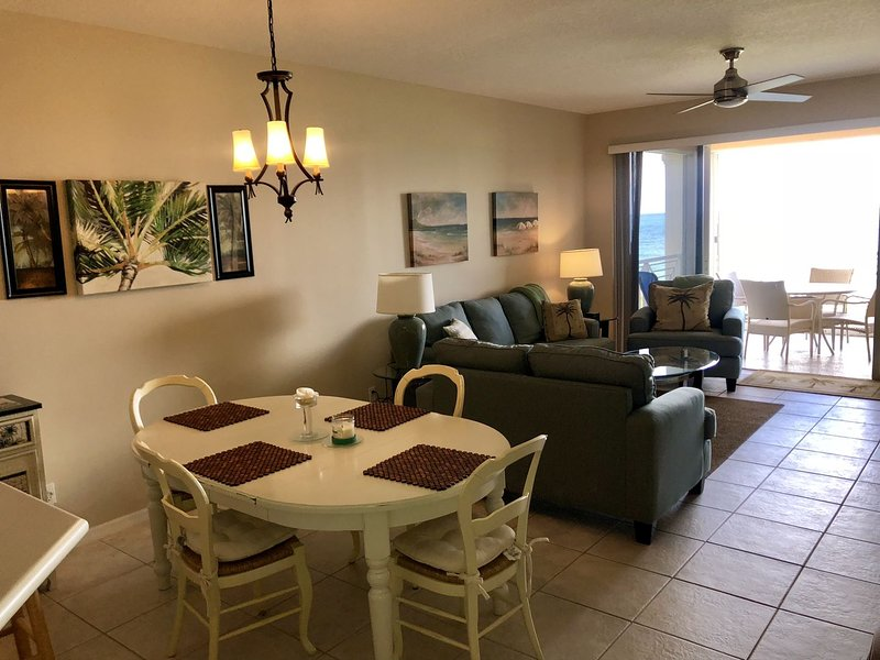 OH 3040 Ocean Front Condo - Welcome to Paradise, holiday rental in Hutchinson Island