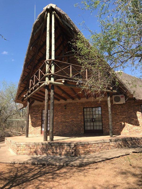 Mopani manor