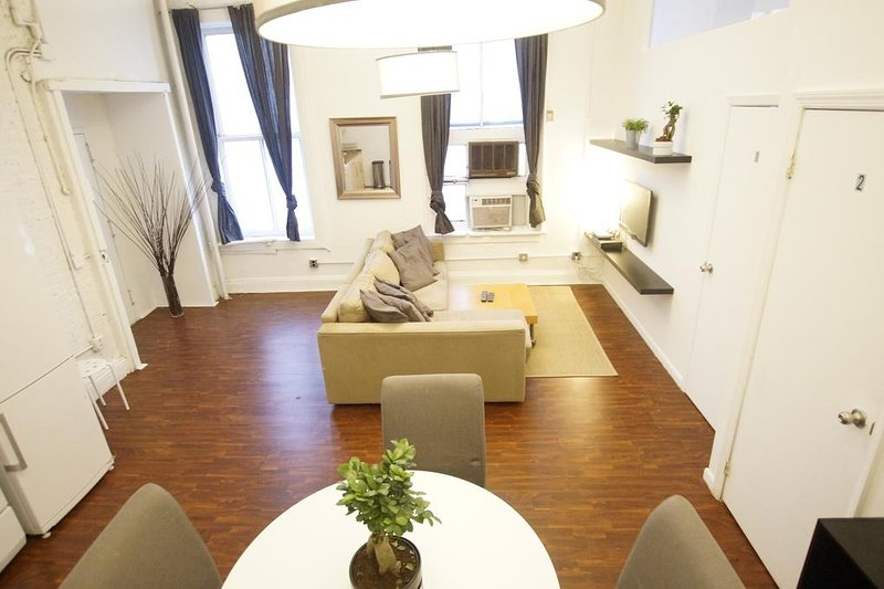 new york holiday apartment 11751 has parking and air conditioning