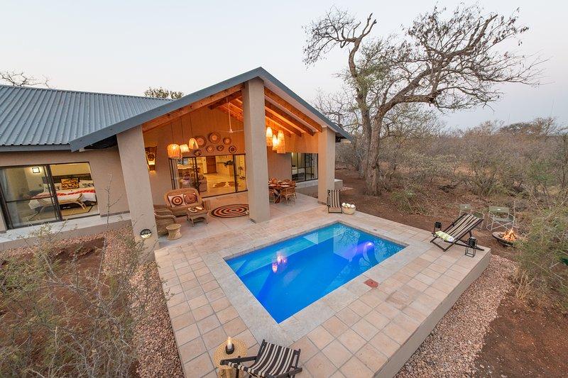 Magníficas duchas al aire libre donde los huéspedes pueden limpiar al sonido de la naturaleza.