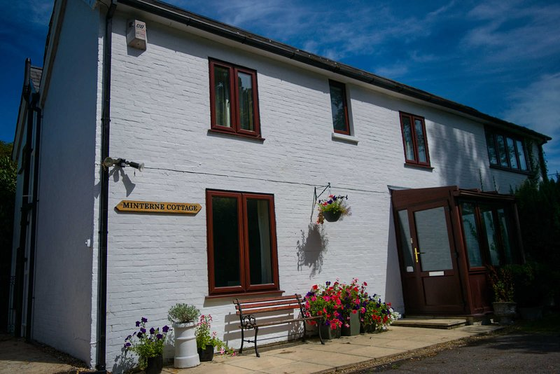 Minterne Cottage, holiday rental in Southampton