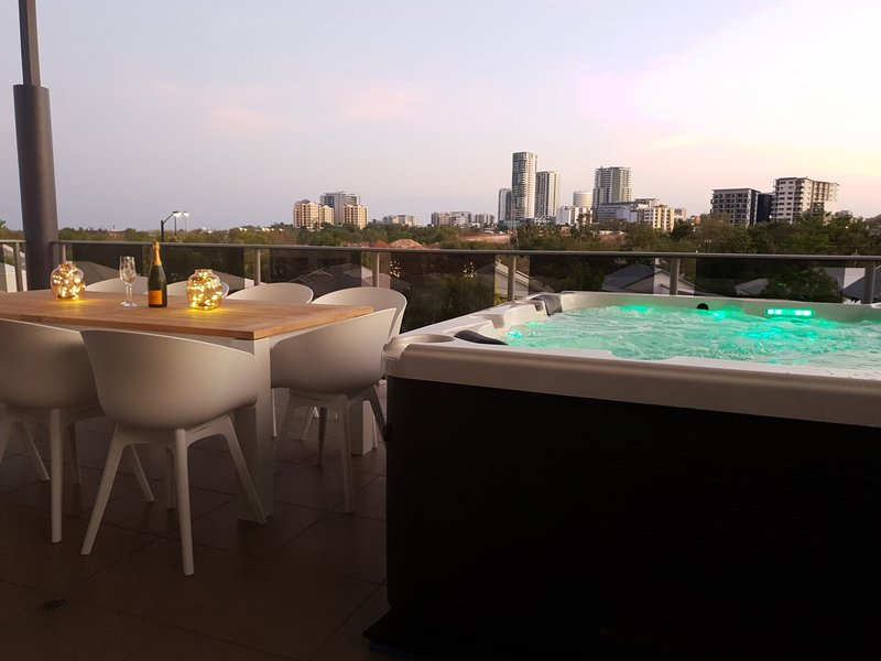 Memorable Experience - Review of Luxury Darwin City Lights Jacuzzi ...