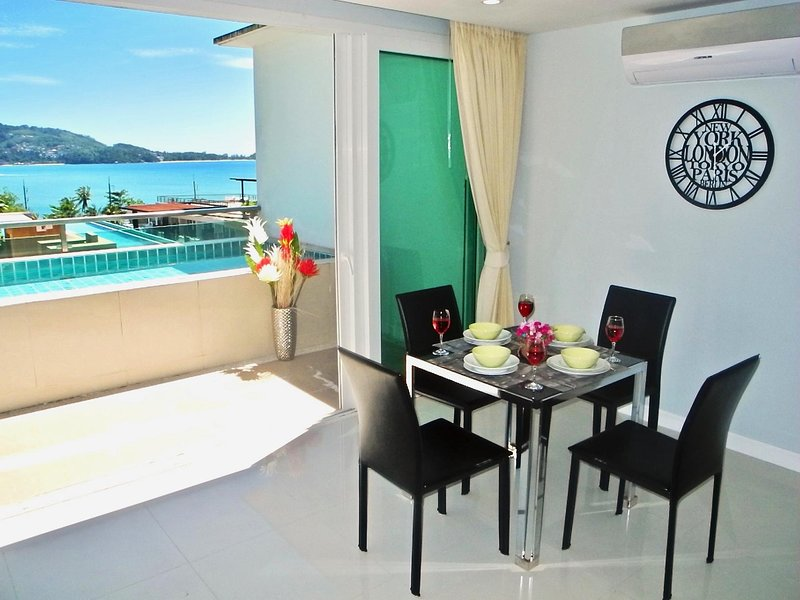 Stunning Sea views apartment, holiday rental in Patong