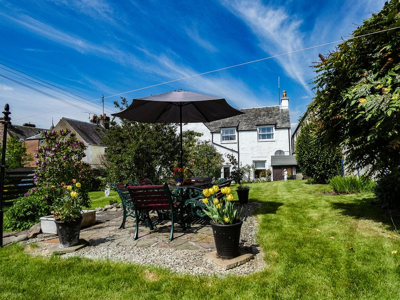 Honeybrook Crieff Holiday Cottage, home from home!, casa vacanza a Muthill