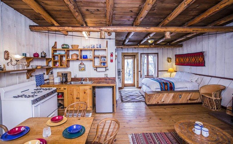 Aldous Huxley Cabin, vacation rental in San Cristobal