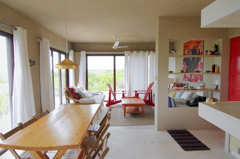 Kikalele - Luminous Paradise and Private Beach, holiday rental in Rio Lagartos