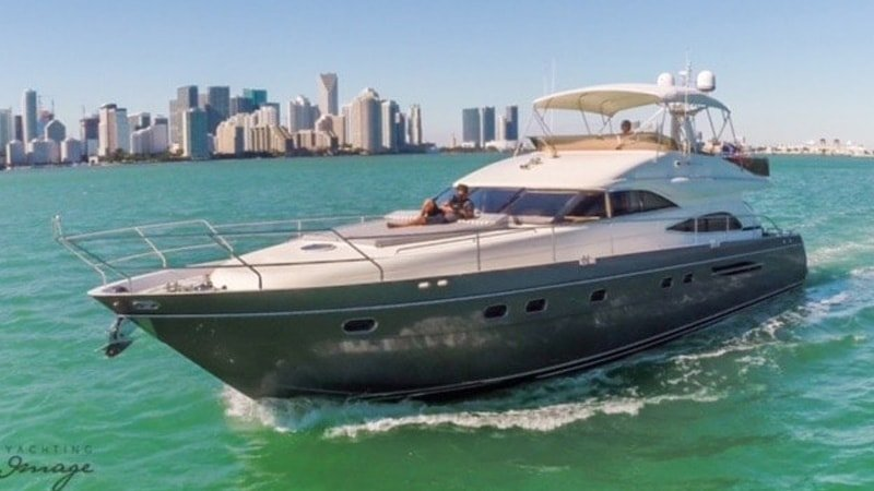 65' Princess - Yacht Party Rental!, casa vacanza a Key Biscayne