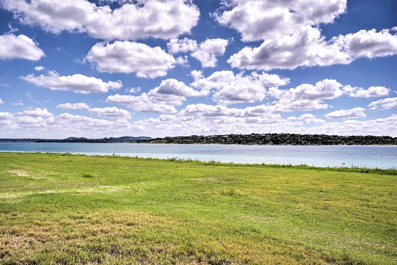 This Canyon Lake property has everything you need!