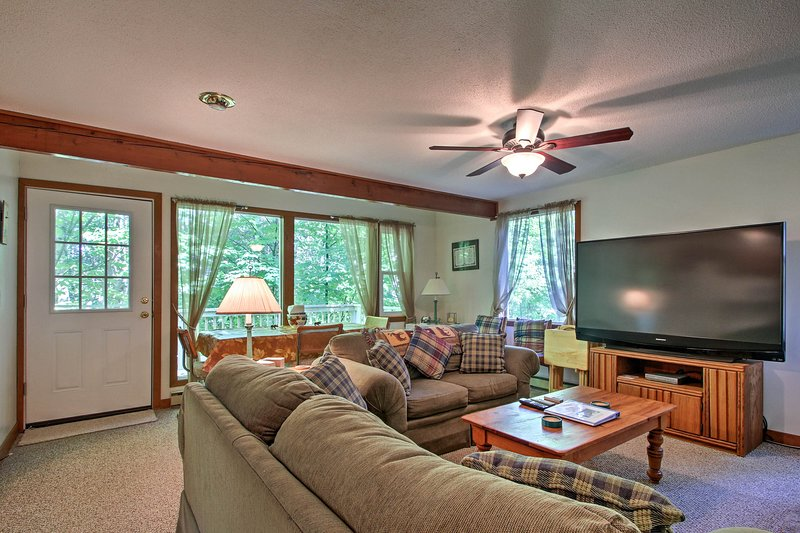 This 5-bedroom, 3-bathroom vacation rental home is perfect for 12 guests!