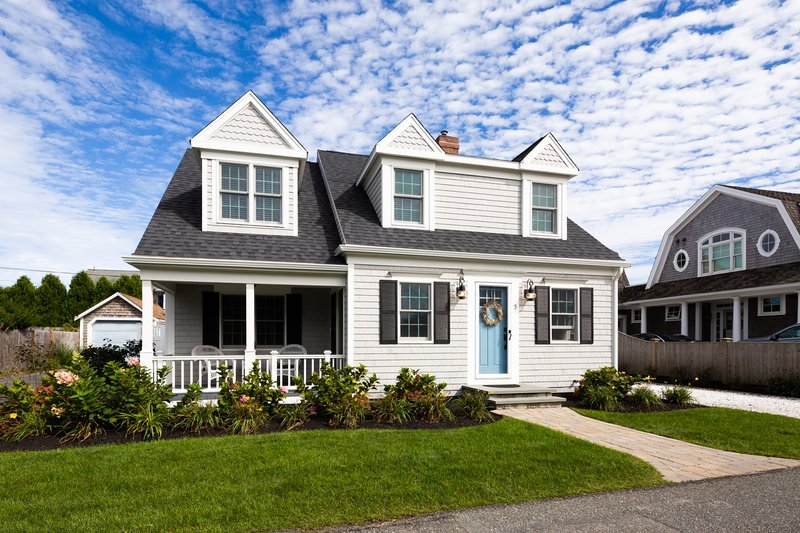 Welcome to The Sea Gem. - 5 Sea Breeze Avenue Harwich Port Cape Cod - New England Vacation Rentals