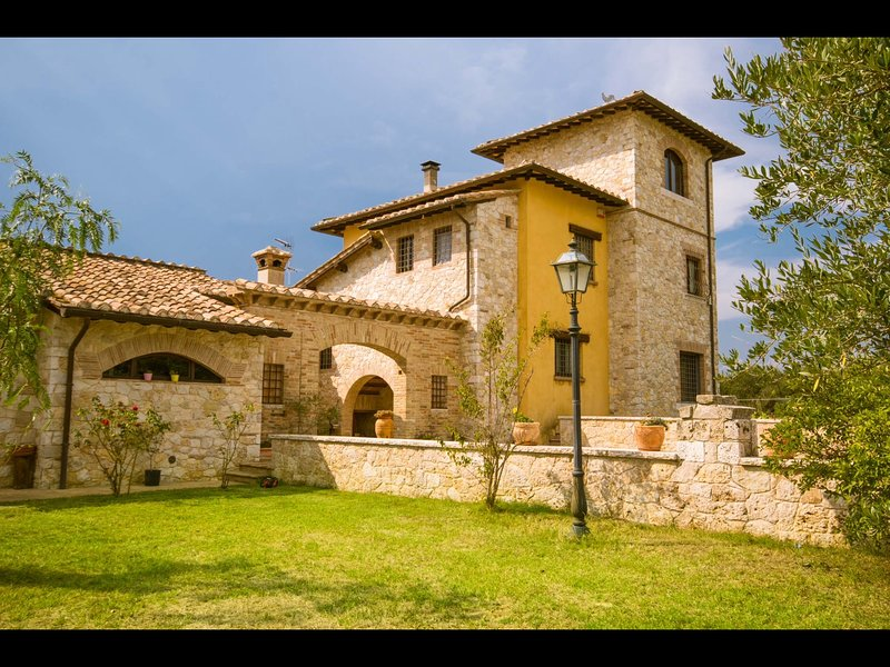 Amazing villa with swimming-pool, vacation rental in Penna in Teverina