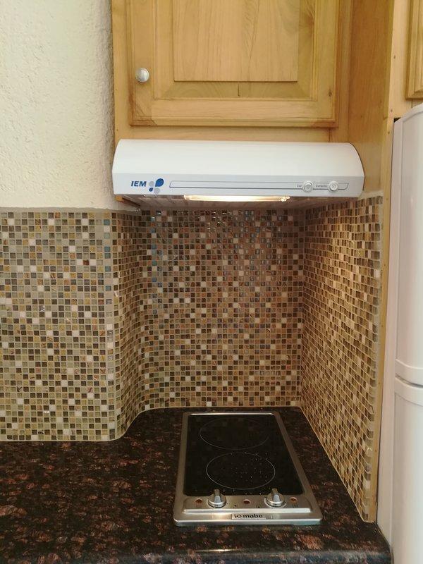 Indoors,Room,Cooktop,Tile,Oven