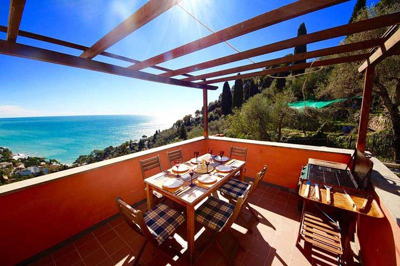 LOFT ZOAGLI 4BDR W/garden terrace view by KlabHouse, vacation rental in Zoagli