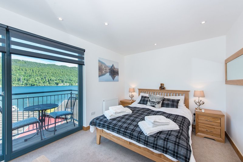 Taymouth Marina-1 Lawers View, holiday rental in Fearnan