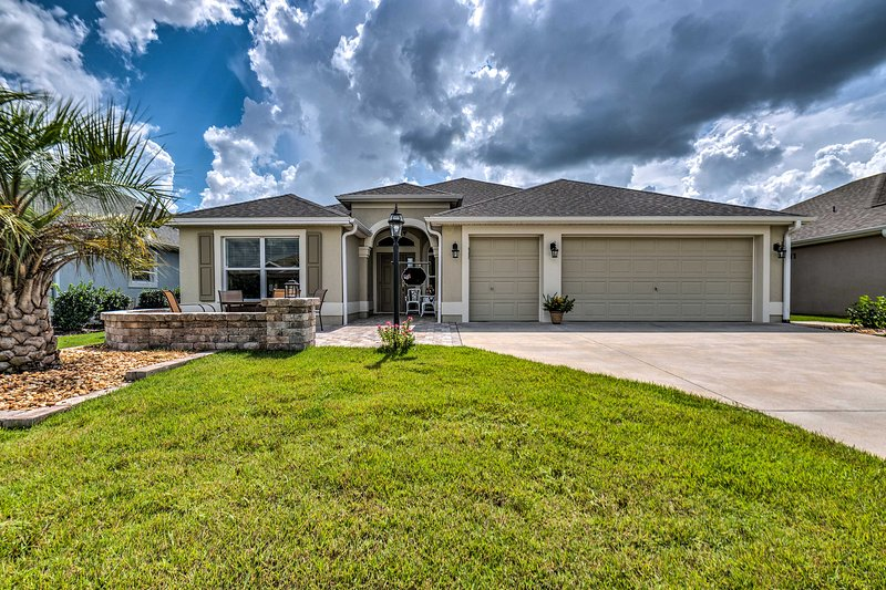 Designer Home at The Villages - Near Brownwood, Ferienwohnung in Wildwood