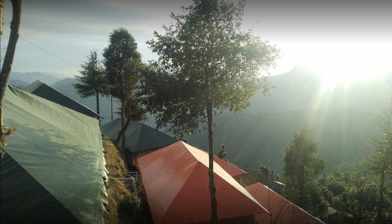 Camp Countless Journey (Tent 7), casa vacanza a Kanatal