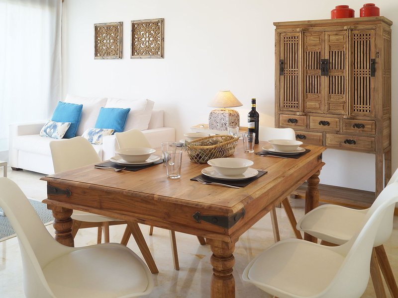 2 Bedroom Apartment In Las Chapas Andalusia Spain Ref 5561007