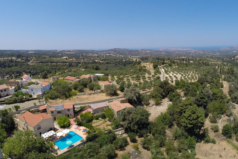 Overview of the villa which offers full privacy to our guests!