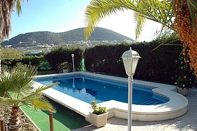 Coin Villa Sleeps 4 with Pool - 5000407, holiday rental in Coin