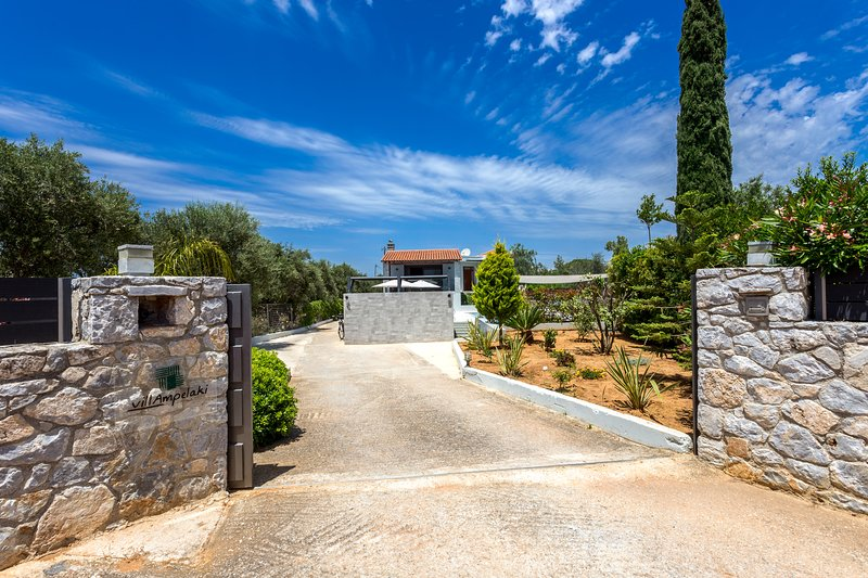 Villa Ampelaki offers total privacy to its guests!