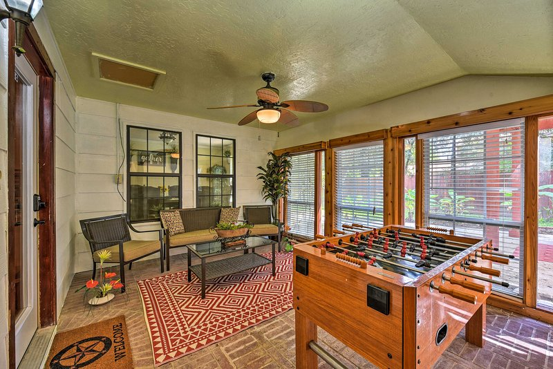 This 3,500-square-foot home is packed with terrific amenities!