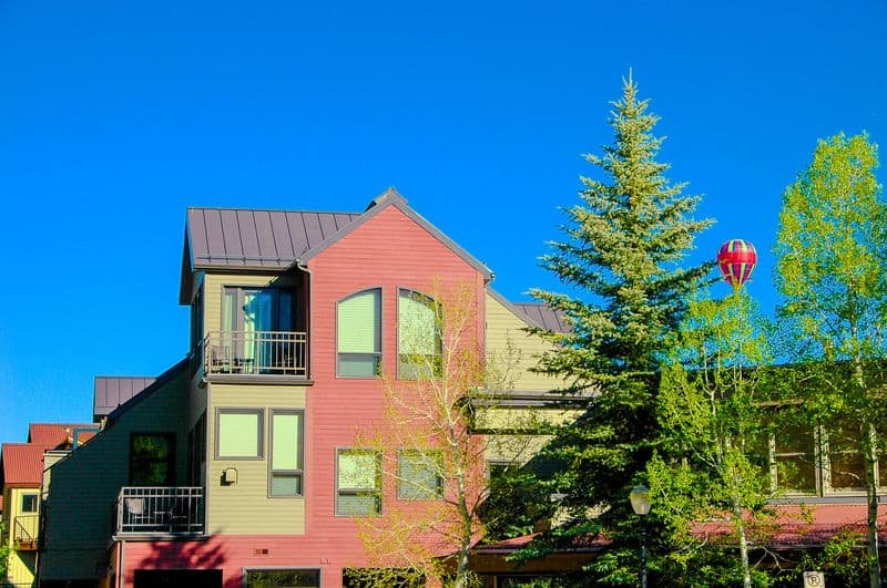 Cimarron Lodge 1 - this south east facing condo has some of the best views in Telluride.