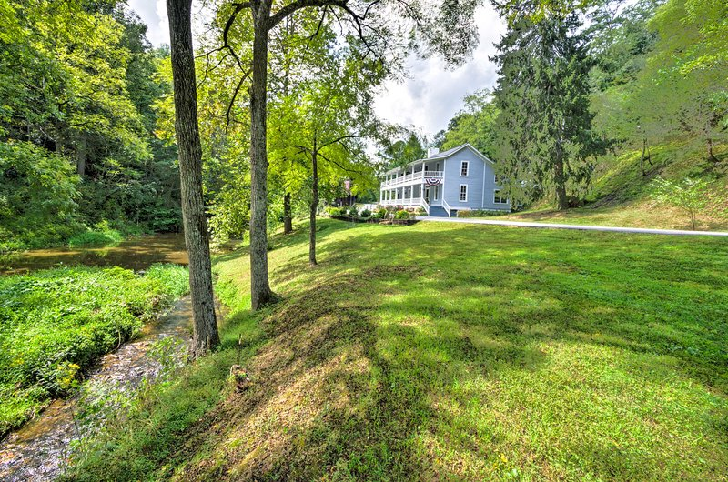 You'll be surrounded by the beauty of western North Carolina at this house!