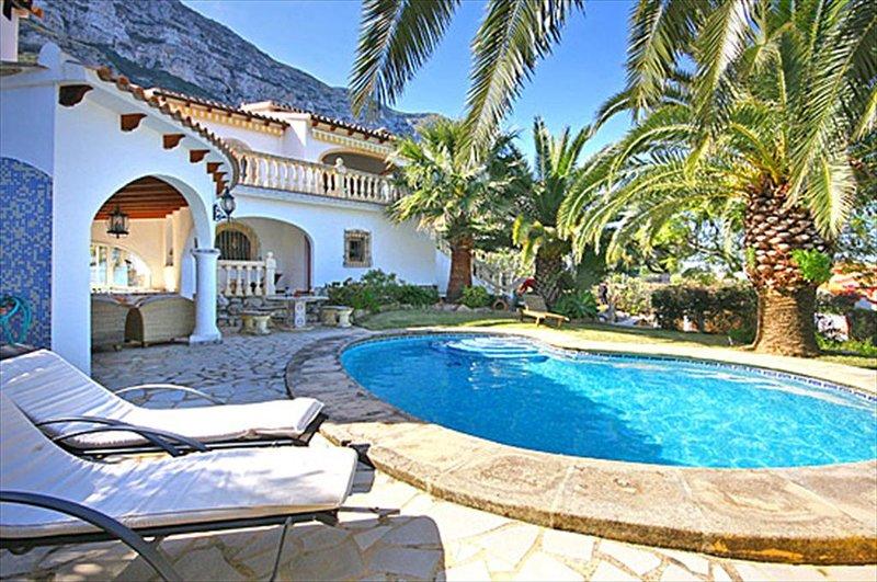 Villa Lau 6 pax, vacation rental in Denia