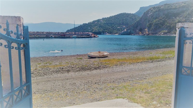 Villa Matina - entrance directly on the beachfront of Sampatiki overlooking the beach of Thiopafto