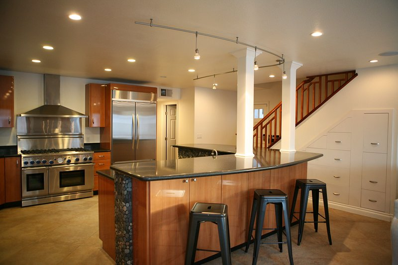 Large kitchen - perfect for big groups.