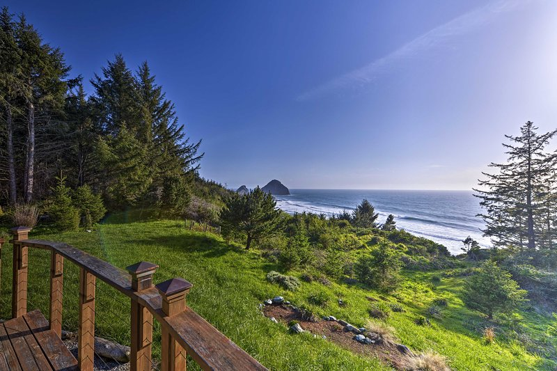 Have the ultimate oceanside retreat at this stunning Gold Beach vacation rental.