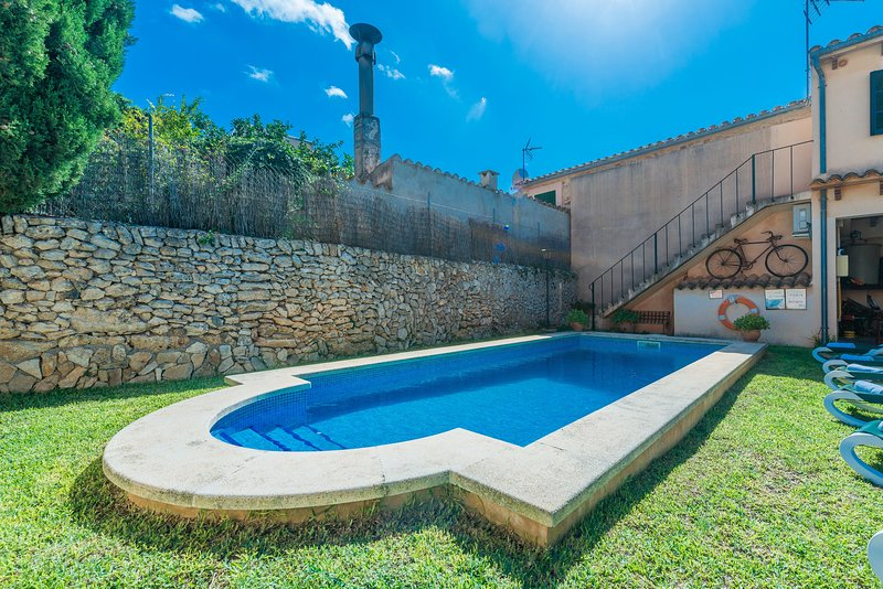 CAN BAGOT - Villa for 6 people in Llubí, holiday rental in Llubi