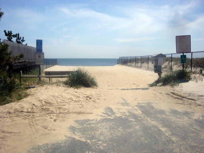 A pie de la playa de Brooks Road .4