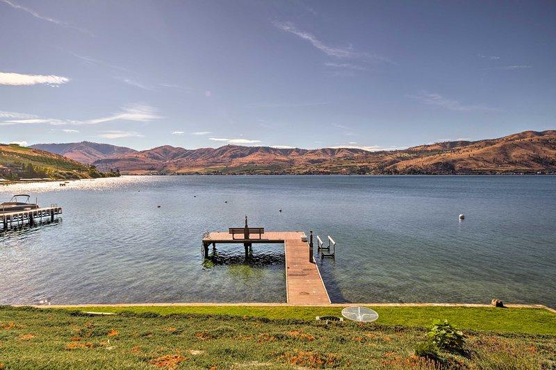 Lake Chelan Vacation Rental | Waterfront Cabin | 3BR | 2BA | 1,500 Sq Ft
