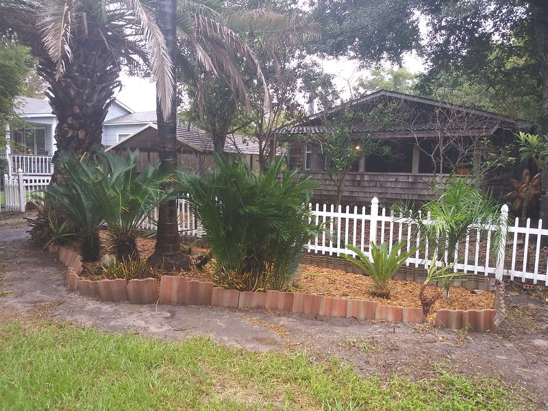 Kemah Cottage Is Very Charming No Pet Charge Updated