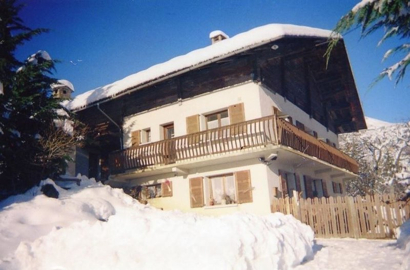 Hauteluce accommodation chalets for rent in Hauteluce apartments to rent in Hauteluce holiday homes to rent in Hauteluce