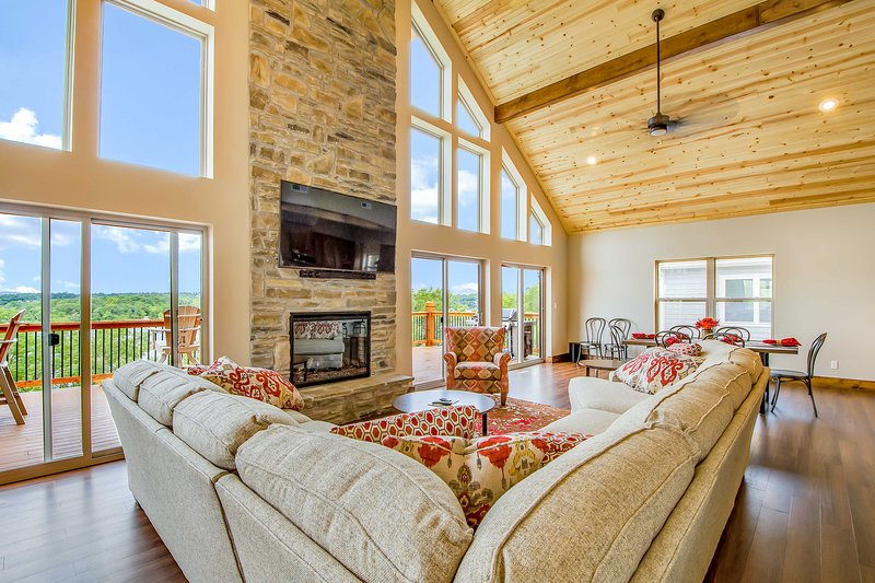 Located on Table Rock Lake, this home for 22 is the perfect summer getaway.
