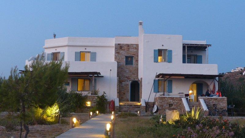 Evriali Beachfront Luxury, aluguéis de temporada em Naxos