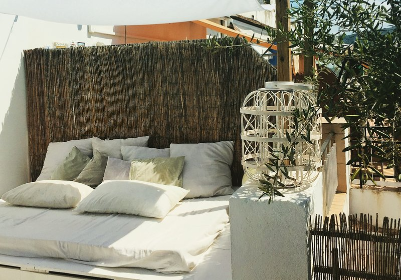 Penthouse Sitges- 2 bedrooms, alquiler vacacional en Sitges