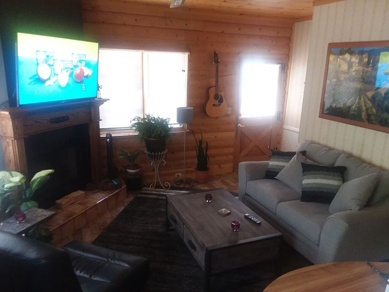 Unique Cabin 5 minutes from Snow Valley ski resort UPDATED 2019
