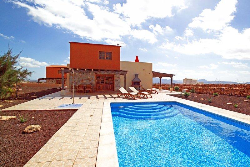 Villa Rosa del Taro, holiday rental in La Ampuyenta