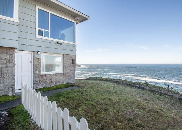 Walk Out Your Door To A Spectacular Panoramic Oceanfront View Of Depoe Bay