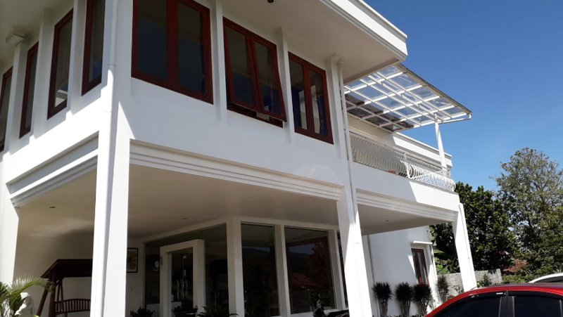 Villa Venetys (Deluxe Room 2), location de vacances à Cihanjuang Rahayu