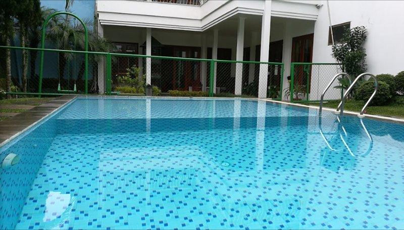 Villa Venetys (Deluxe Room 6), location de vacances à Cihanjuang Rahayu