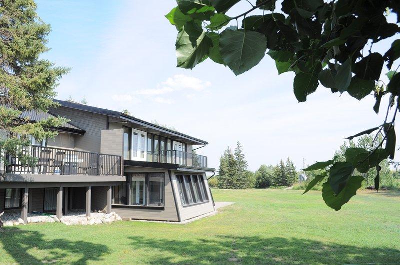Belle maison spacieuse située à quelques minutes du parc national des Lacs-Waterton, en Alberta, au Canada