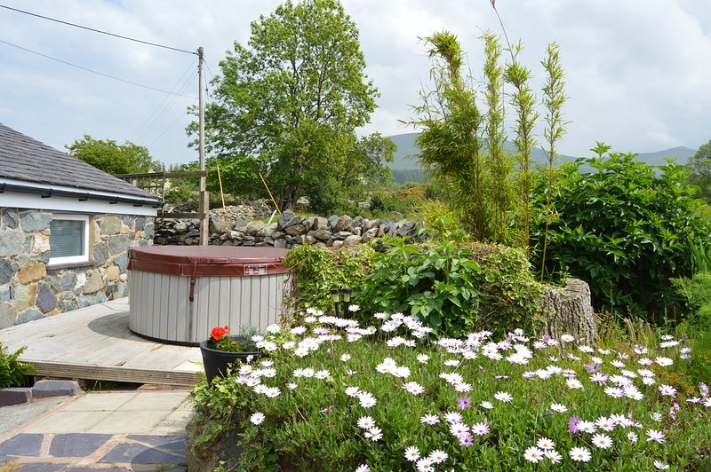 Beudy Bach | Private  hot tub | Gym |Snowdonia North Wales ..close to Zip World., vacation rental in Llanfairfechan