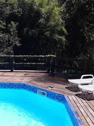 Jardim Hospeda na Cantareira/ HOSTEL, location de vacances à Aruja