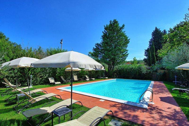 Bobolino Villa Sleeps 11 with Pool and Air Con - 5677949, holiday rental in Sammontana