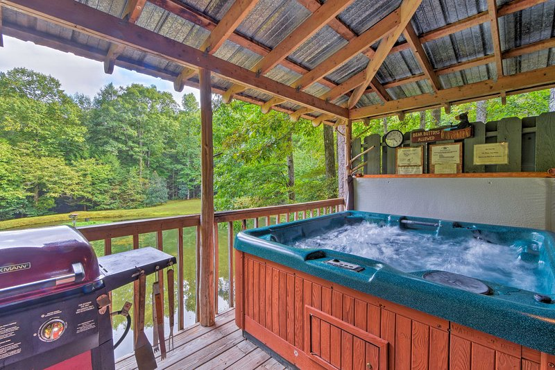 End each day with a long soak in the cabin's private hot tub.