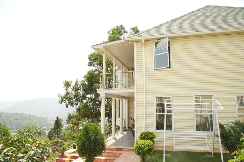 LE REVE VALLEY, vacation rental in Haldwani